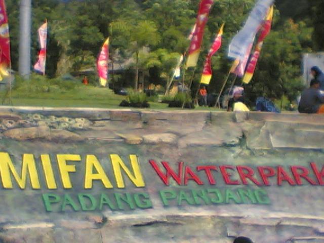 MIFAN WATERPARK PADANG PANJANG